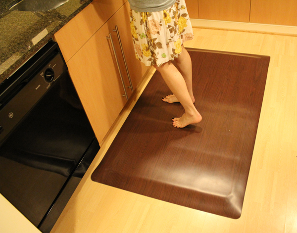 ... Anti Fatigue Kitchen Mats: Wood Designs